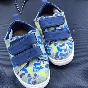 Toms Truck Print size T7 Blue Green Velcro